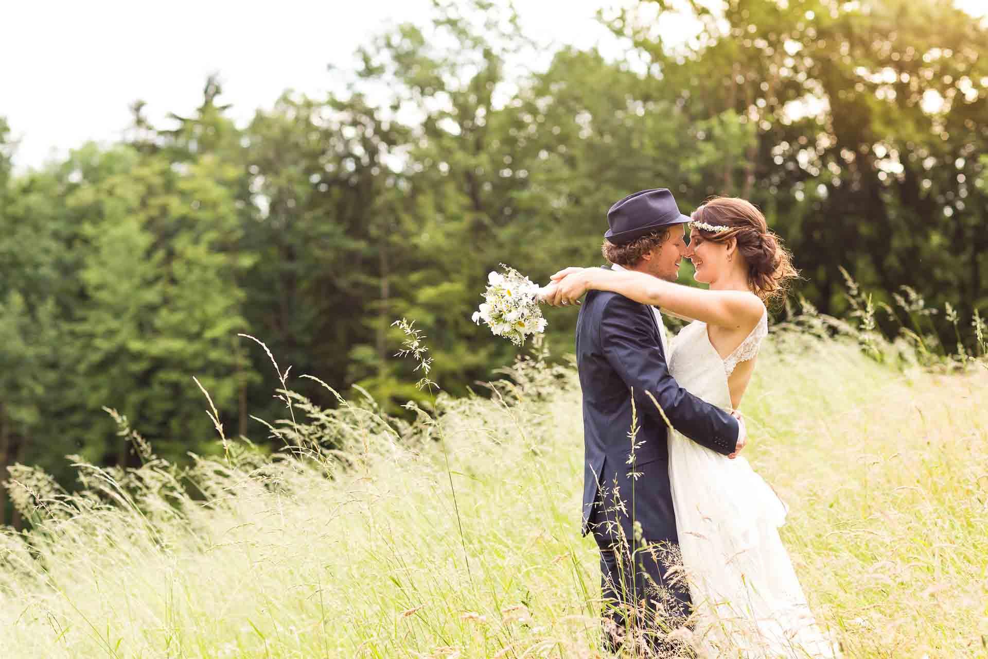Hochzeit im Gaisriegelhof Hochzeitsfotograf Schloss Obermayerhofen Hochzeitsfotos Hochzeitsfotografie boho orange-foto